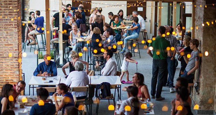 Mare Culturale Urbano Sala da pranzo esterna