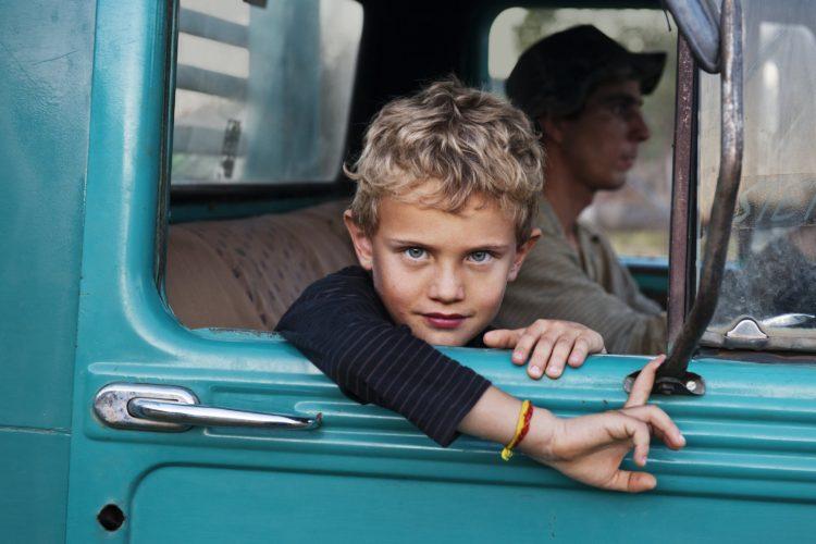 Fotografia bambino occhi azzurri