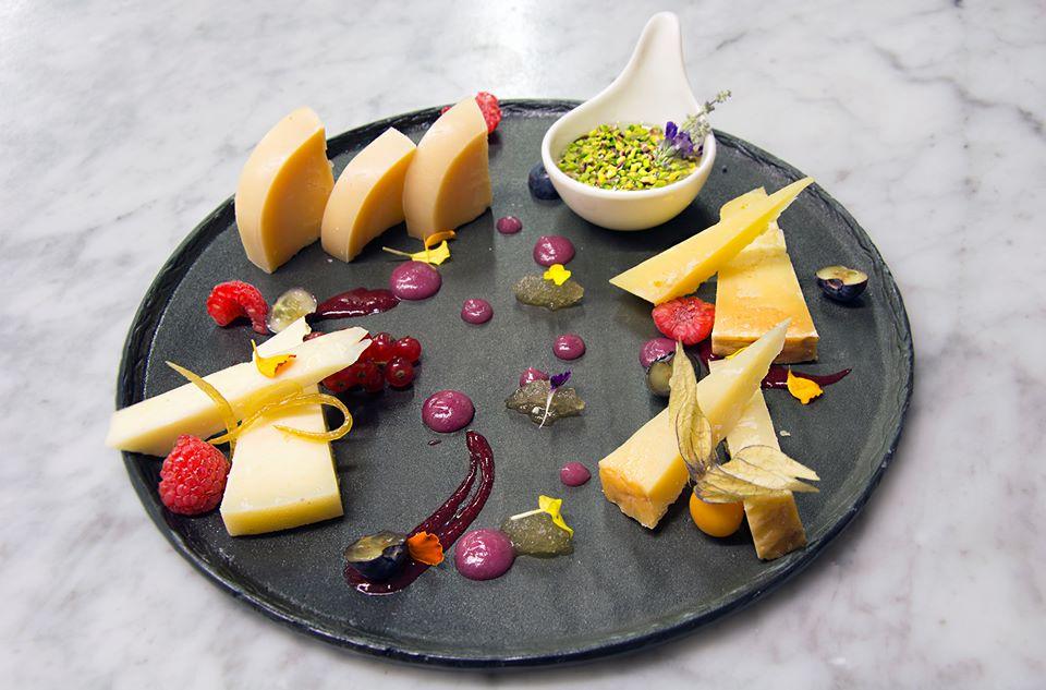 I Tigli In Theoria - piatto di formaggi